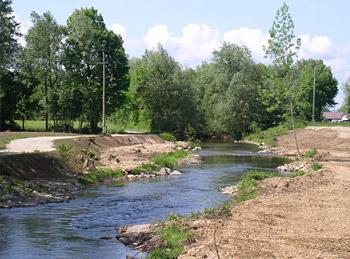 Mattig Bau einer Einbindemulde - Ufergestaltung