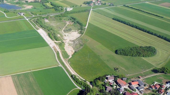Luftaufnahme - Bau Erweiterung Überströmsektion
